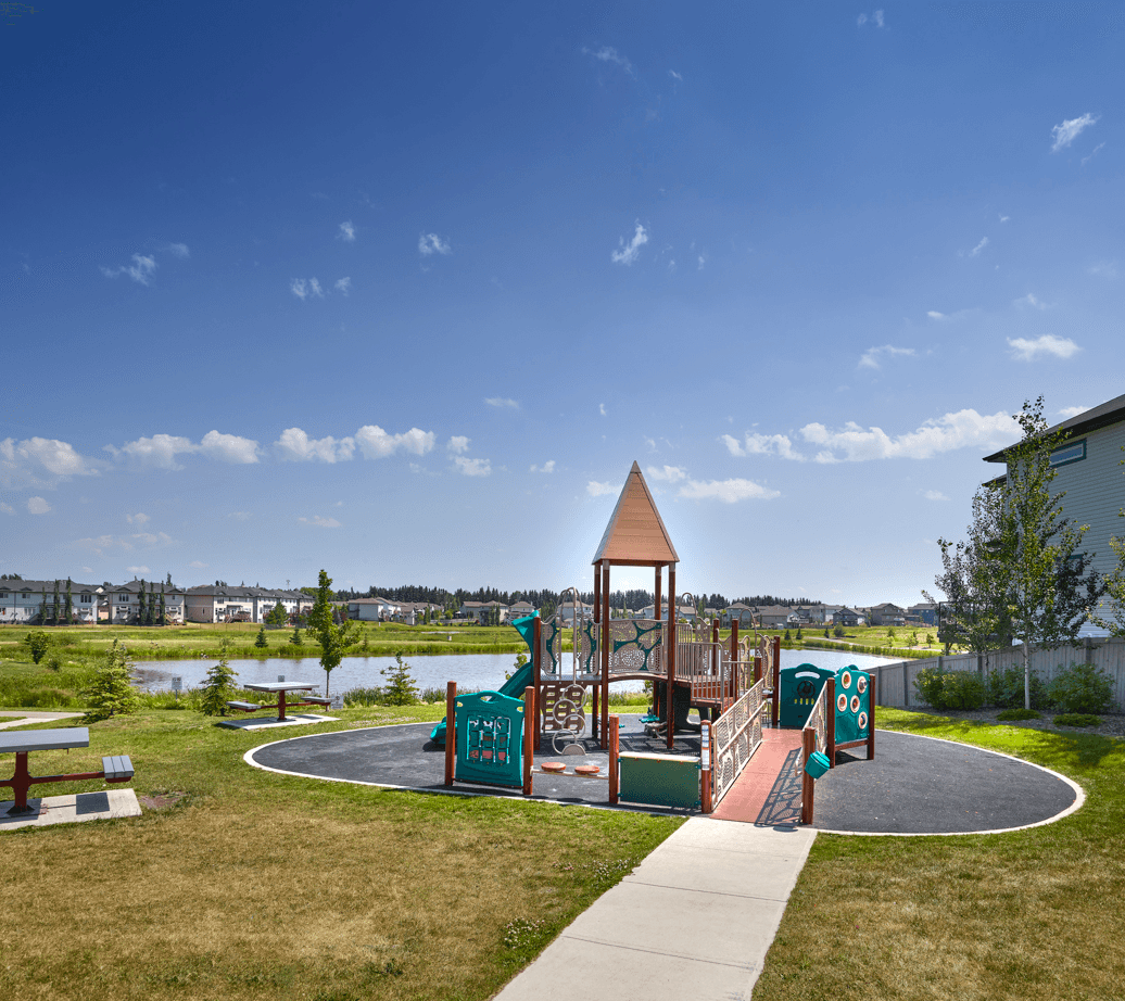 Love Your Community: Ruisseau Playground Image