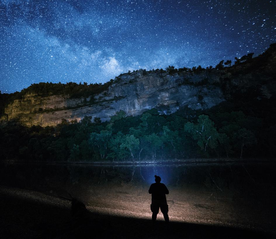 10 Top Benefits of Living in Devon Stargazing Image